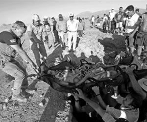 达喀尔拉力赛两记者遇难:越野车失控跌入山谷