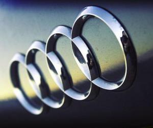 奥迪宝马均将推出纯电动车 与特斯拉正面交锋