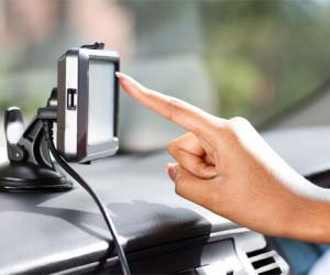 车载导航、手机导航到底哪个好?