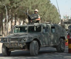 汽车百科:军用悍马(HMMWV or Humvee)