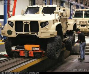 豪士科轻型战术全地形车(Oshkosh L-ATV)